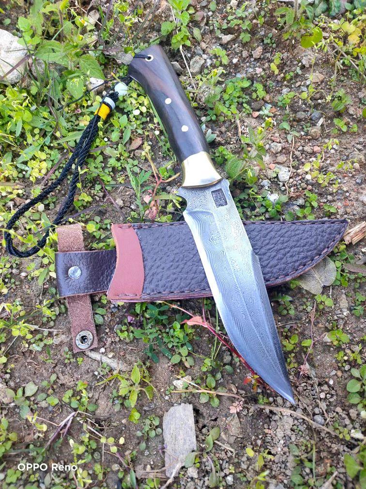 户撒手工锻打小猎刀