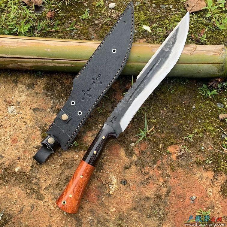 户外活动开山狩猎刀