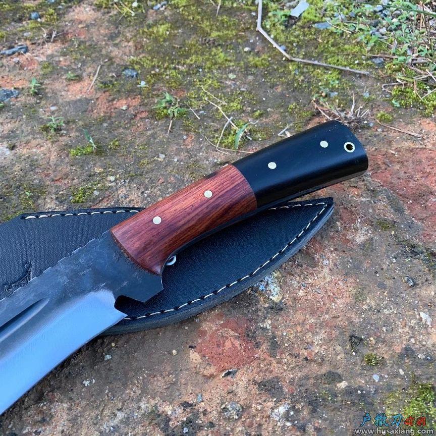 手工锻打户外狩猎刀