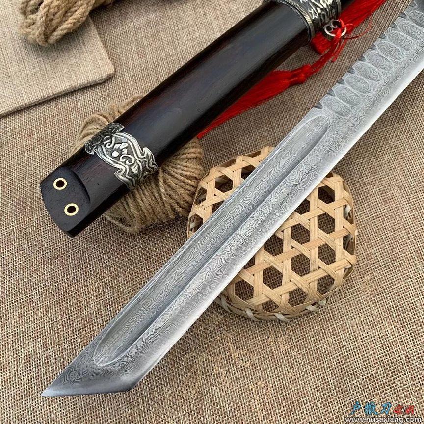 鹿角柄唐刀型博弈猎刀