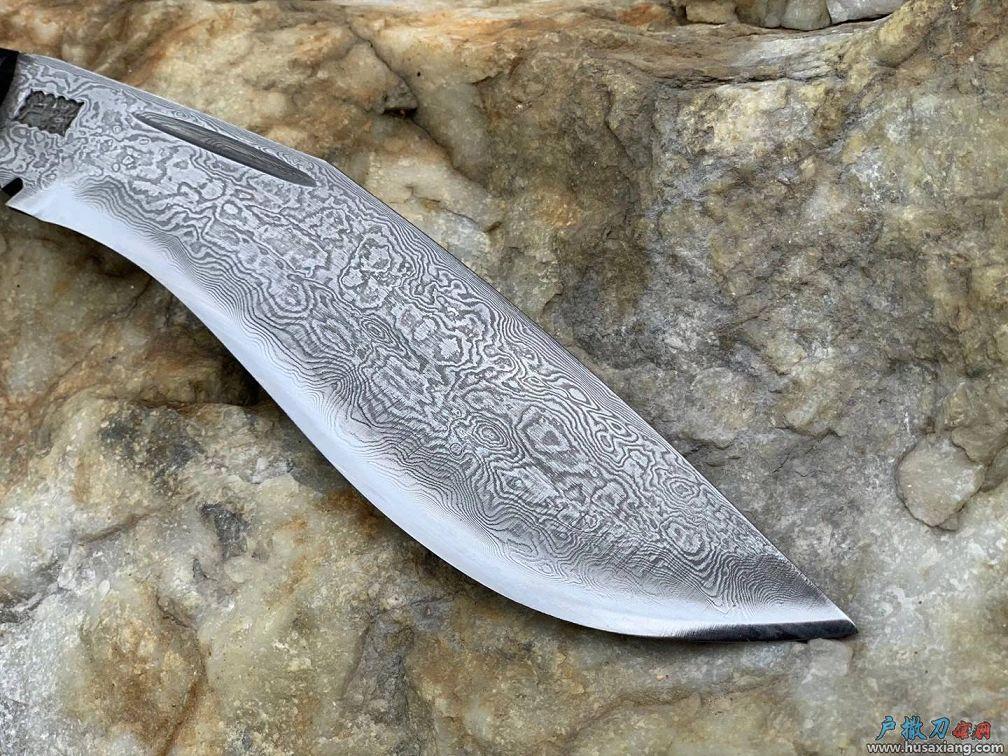 『鉴赏』小型廓尔喀弯刀也称狗腿刀